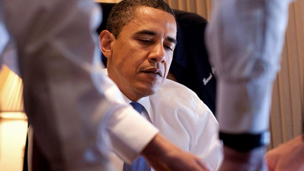 Barak Obama, trabajando con su equipo