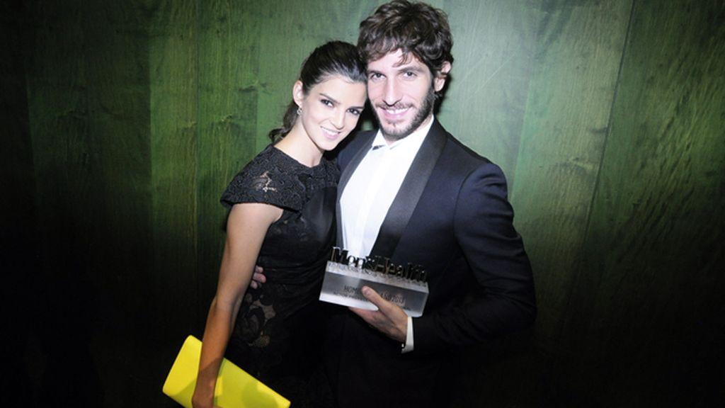 Clara Lago junto a Quim Gutiérrez, premio al mejor actor con proyección internacional