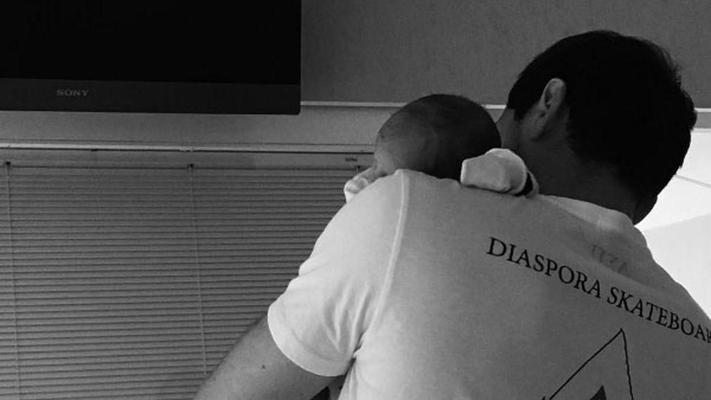 La enternecedora foto de Casillas con su pequeño Lucas