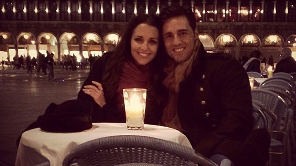 Daniella hizo esta romántica foto a sus padres en la Plaza de San Marcos