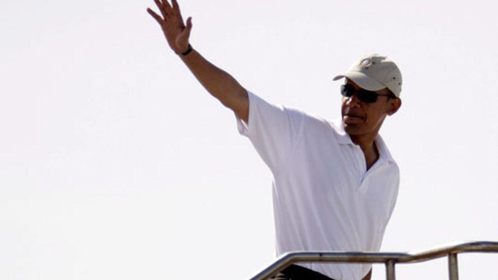 Obama se despide de Hawaii para ponerse manos a la obra