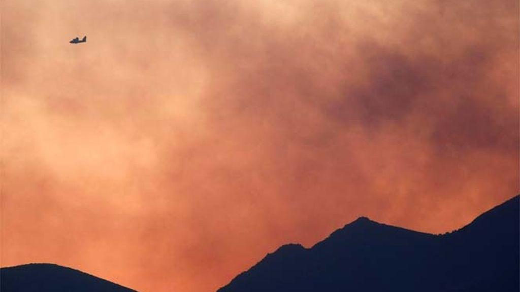 Fuego en Atenas