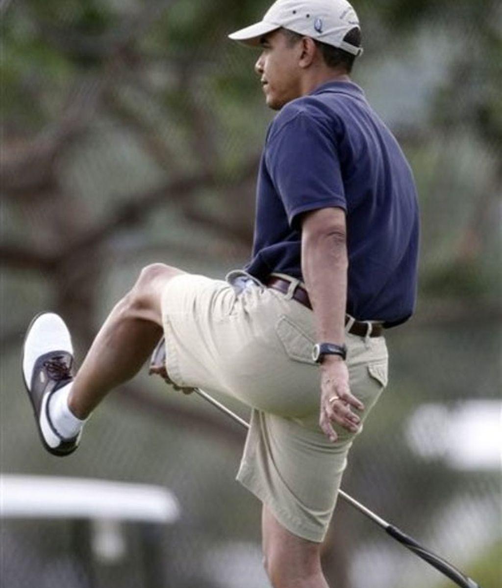 Obama juega al golf