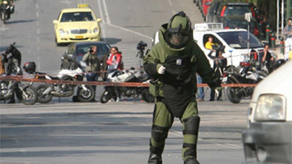Interceptados en Atenas un paquete bomba dirigido a Sarkozy