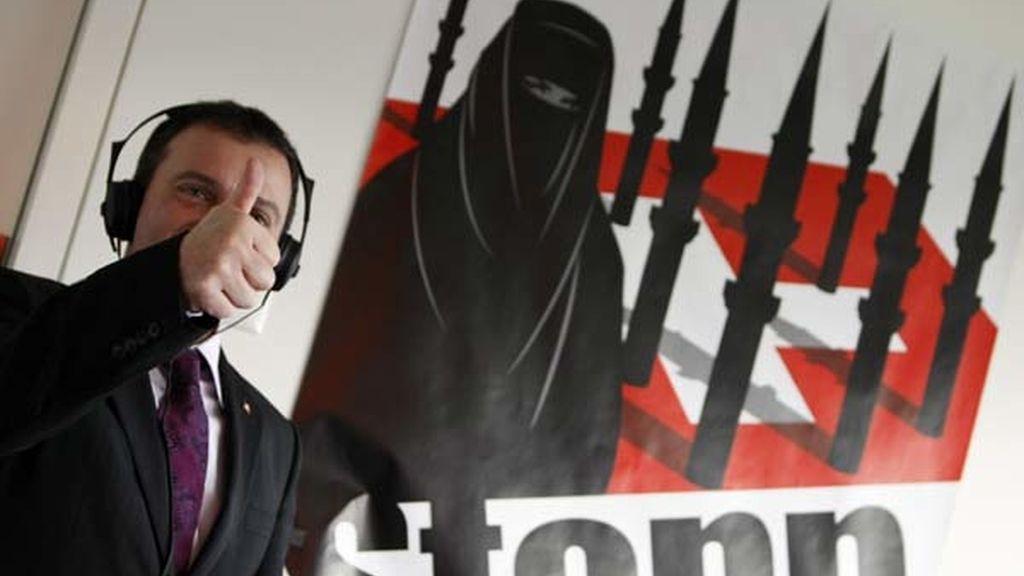 Los suizos se pronuncian contra el minarete