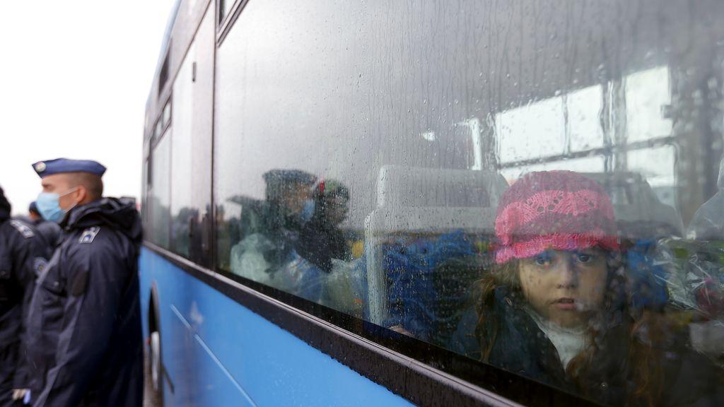 La Policía húngara detiene a 3.321 refugiados