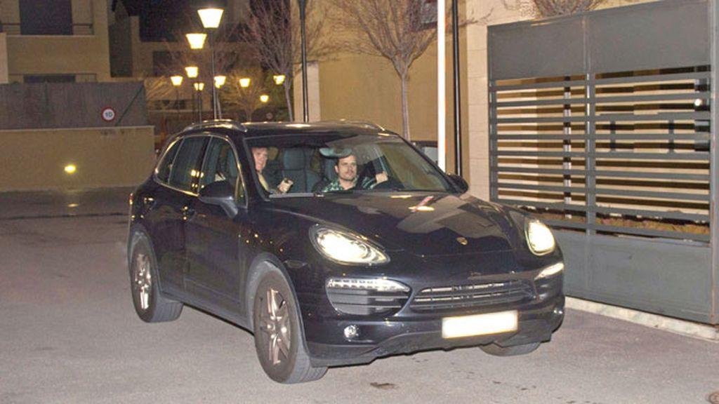 Juntos en el domicilio de Dani Martín, antes de que él acuda al aeropuerto