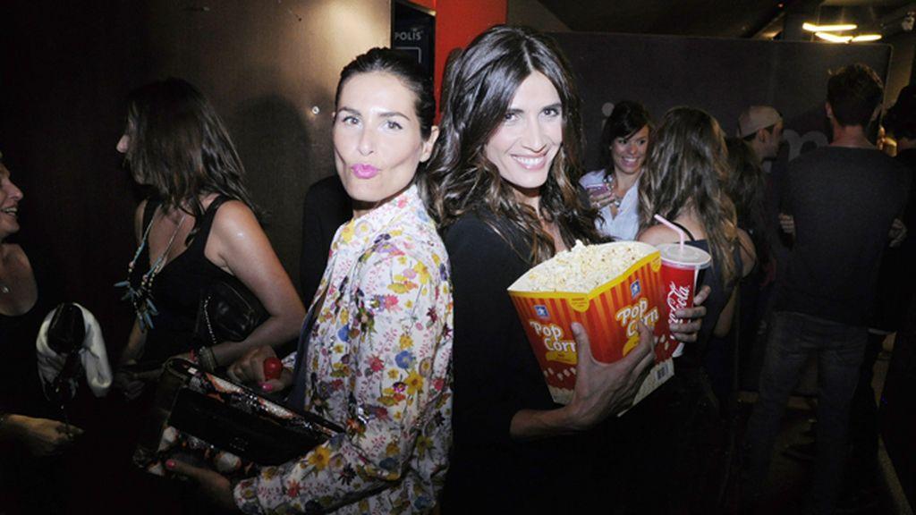 Nuria Roca y Elia Galera, dos aficionadas al cine con palomitas