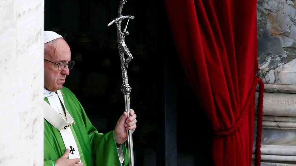 El Papa Francisco antes de dar una misa