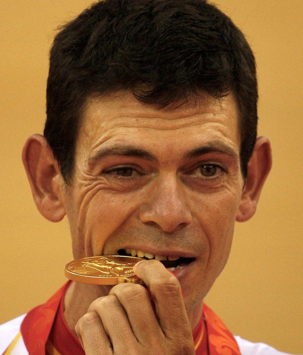 Joan Llaneras ya disfruta de su medalla de oro
