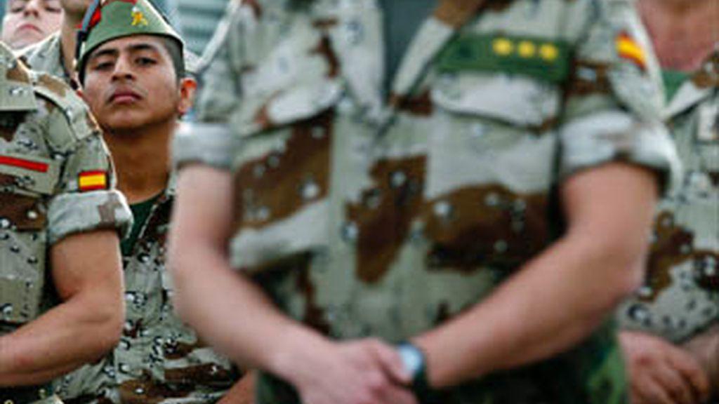 Heridos leves dos militares españoles en Afganistán, tras un ataque de los talibanes