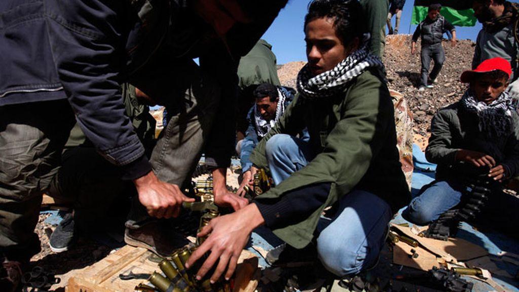 Crece la presión internacional contra Gadafi