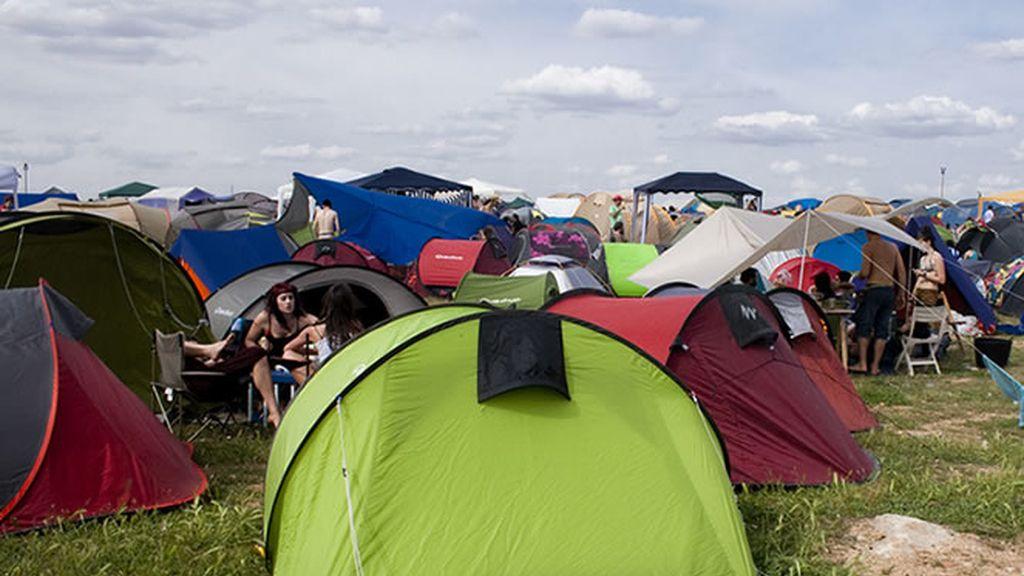 Panorámica de una de las áreas de acampada del Viña Rock