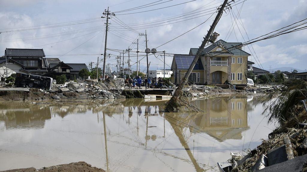 Desbordamientos de ríos en Japón