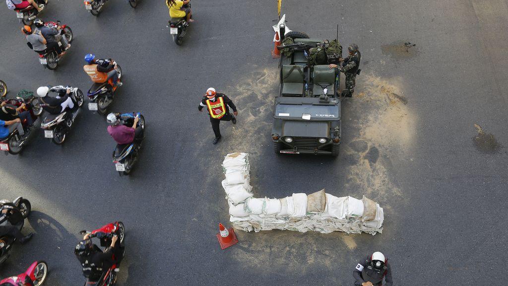 """El Ejército anuncia la imposición de la ley marcial en Tailandia """"para mantener la ley y el orden"""""""