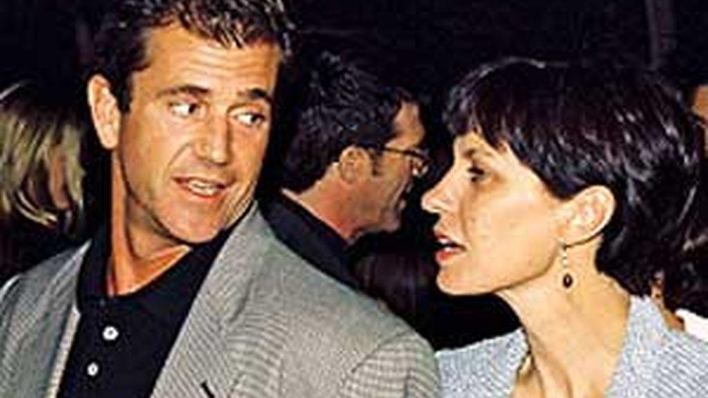 Mel y Robyn tuvieron 7 hijos y sólo uno de ellos es aún menor de edad, Tom, de 10 años, para el que Robyn pidió la custodia compartida con Mel Gibson. EFE/Archivo