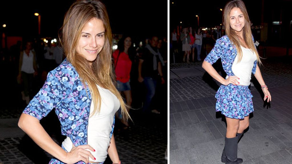 Monica Hoyos y su look 'teenager'