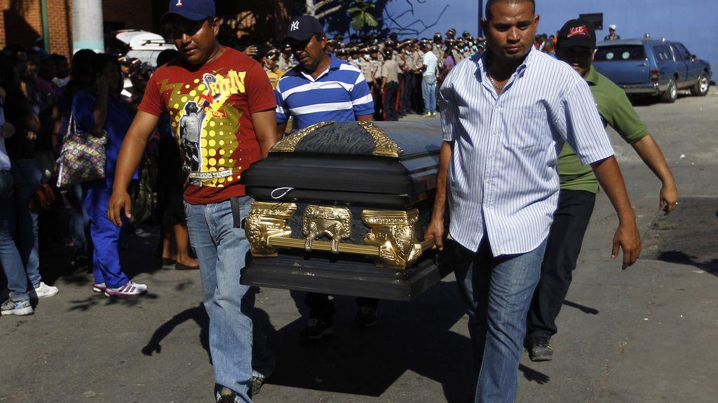Ascienden a 61 los muertos en la masacre de la cárcel de Uribana