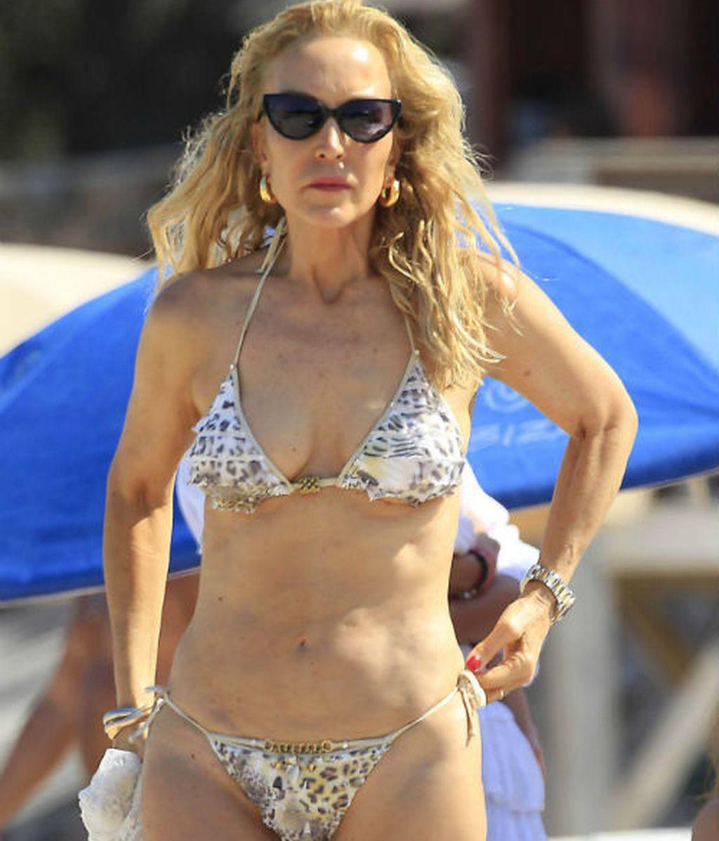 Tú trabajas, los famosos inauguran su temporada de playa