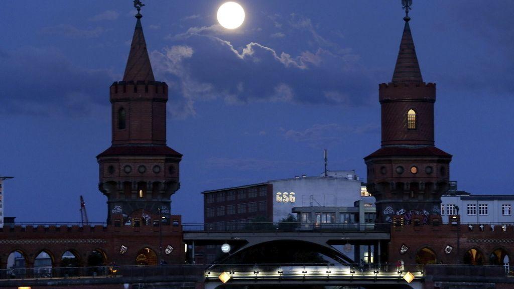 'Superluna' en Berlín