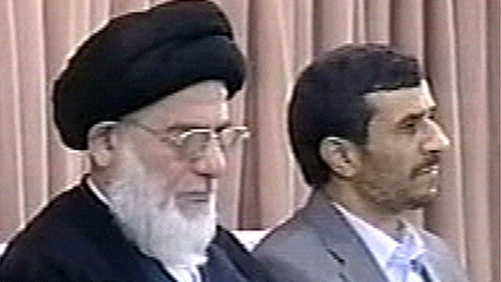 El ex presidente reformista, Mohamed Jatamí, junto a Mir Hosein Musaví