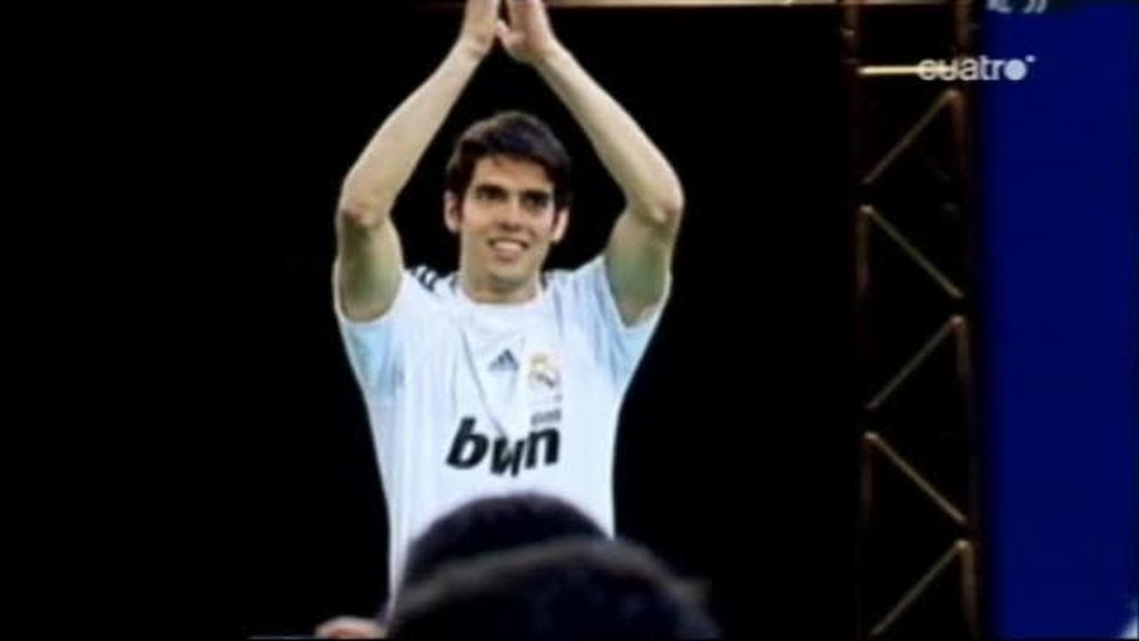 Cada partido de Kaká cuesta 2,3 millones