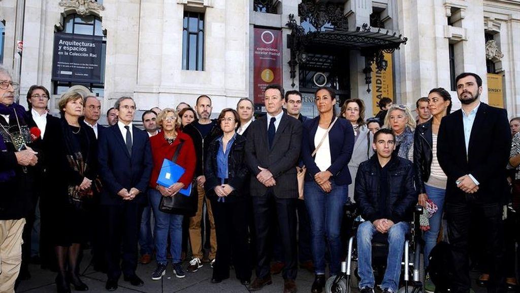 Minuto de silencio en Madrid por los atentados