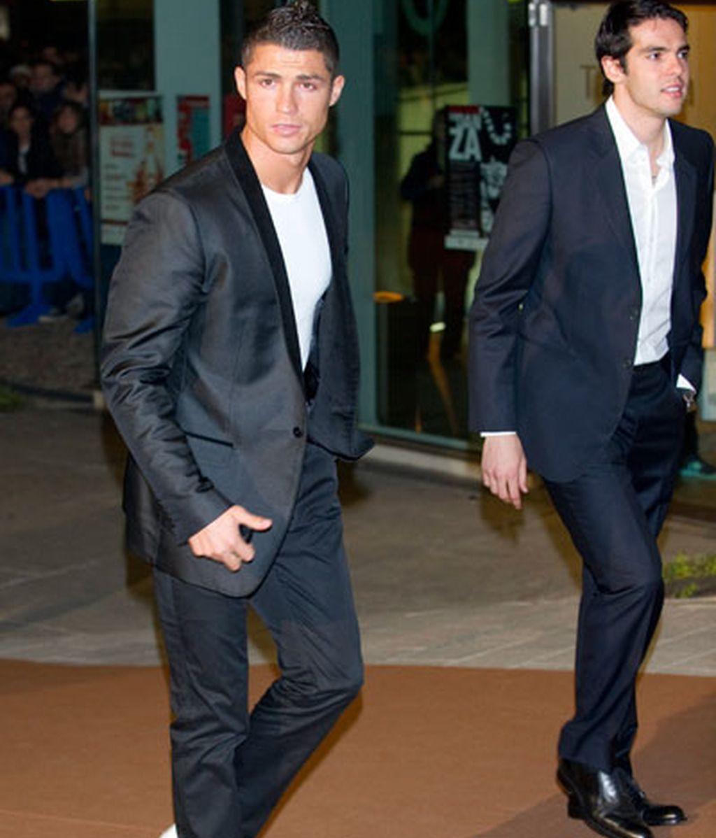 El Real Madrid premia a Rafa Nadal y sus jugadores se unen a la fiesta