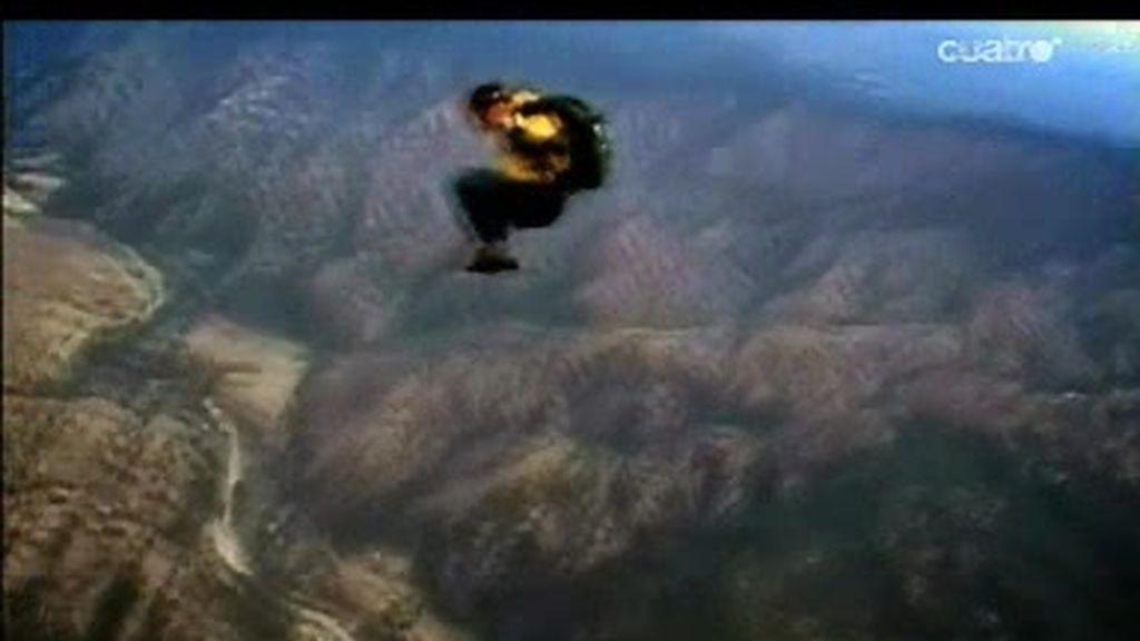 Las Montañas Rocosas: Espectacular salto del Último Superviviente con caída muy peligrosa