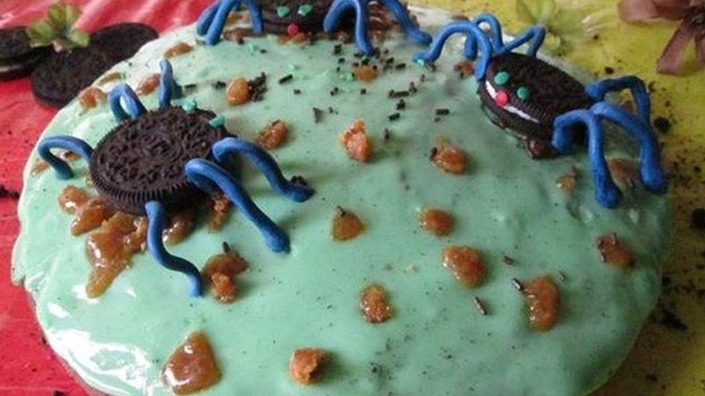 Pastel con arañas