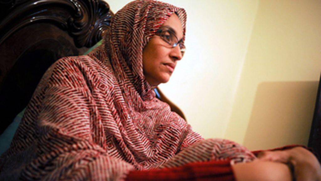 Aminatu Haidar abandona El Aaiún para realizarse un chequeo médico en España