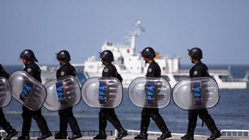Las amenazas de huelga policial dejan en alerta tres provincias en Argentina