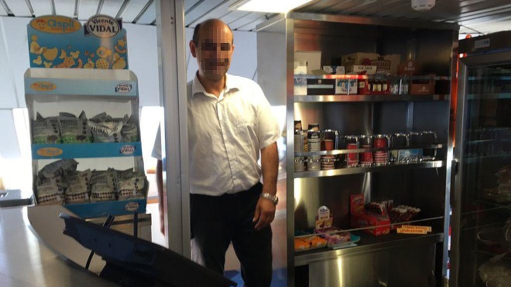 Camarero de Balearia denunciado por Quim Portet por no atenderle en catalán