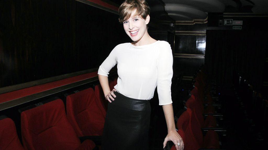 La presentadora Tania Llasera lució un nuevo tono de pelo fruto de un baño de color