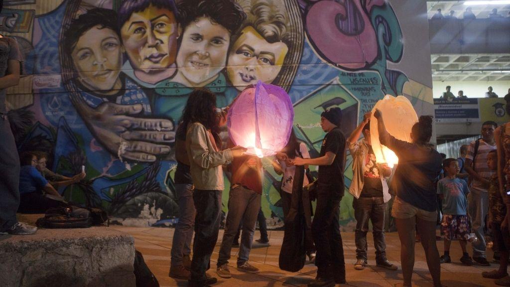Estudiantes hondureños piden justicia en el caso del asesinato de la líder indígena Berta Cáceres