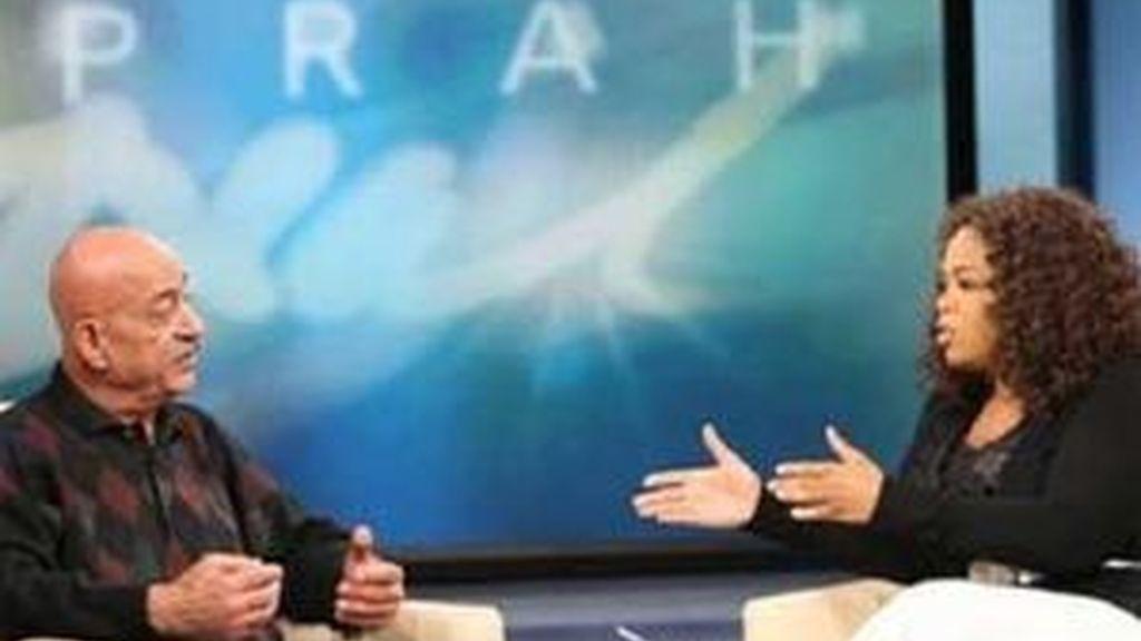 El abuelo de los octillizos en el show de Oprah. Foto: AP