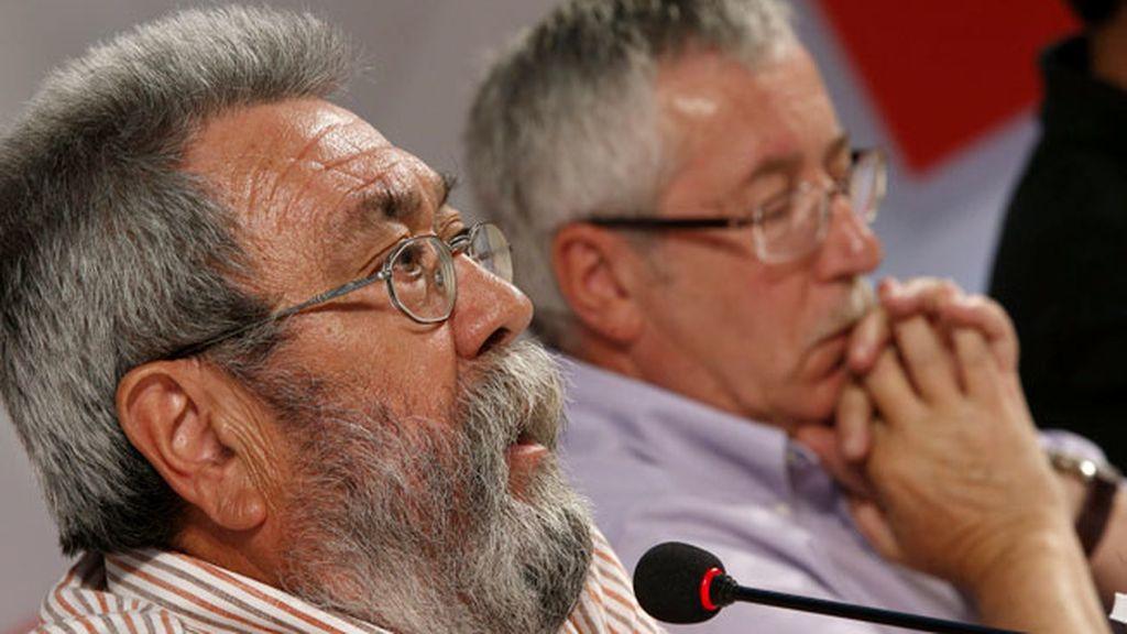 """Méndez y Toxo no descartan la huelga general y auguran una """"gran movilización"""" en septiembre"""
