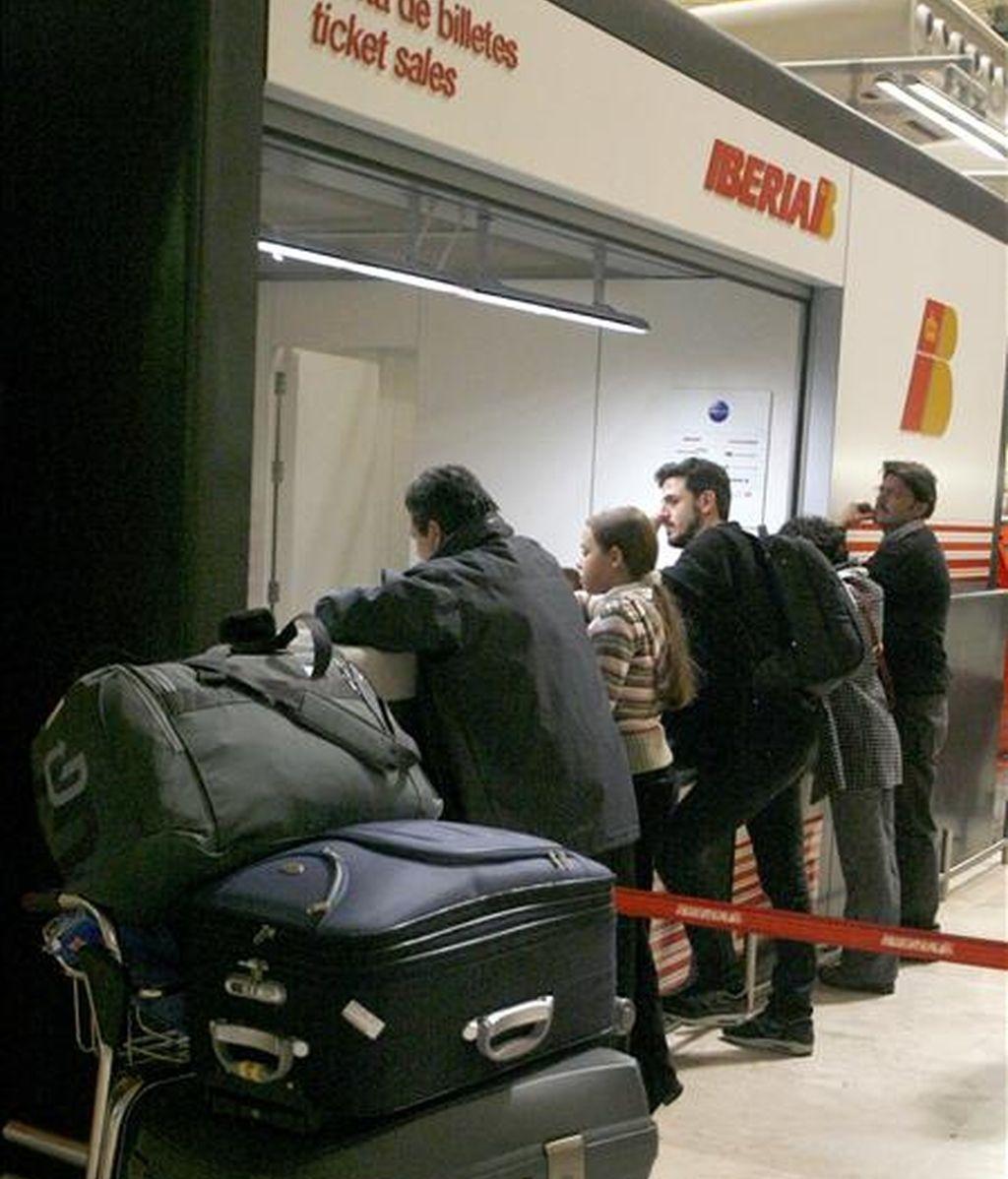 Comienza el paro de 48 horas de tripulantes de cabina de Iberia. Vídeo: ATLAS.