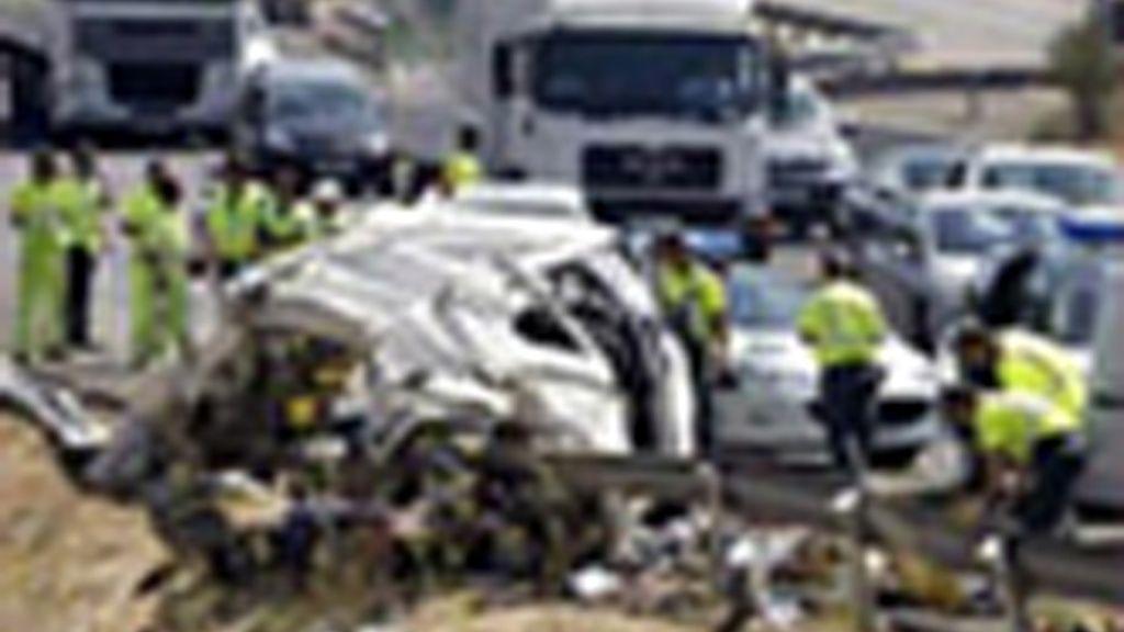 Los accidentes de tráfico acaban con más de 2.700 personas en España al año