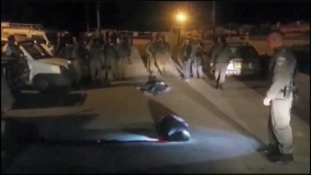 Israel mata a dos palestinos que apuñalaron a un soldado