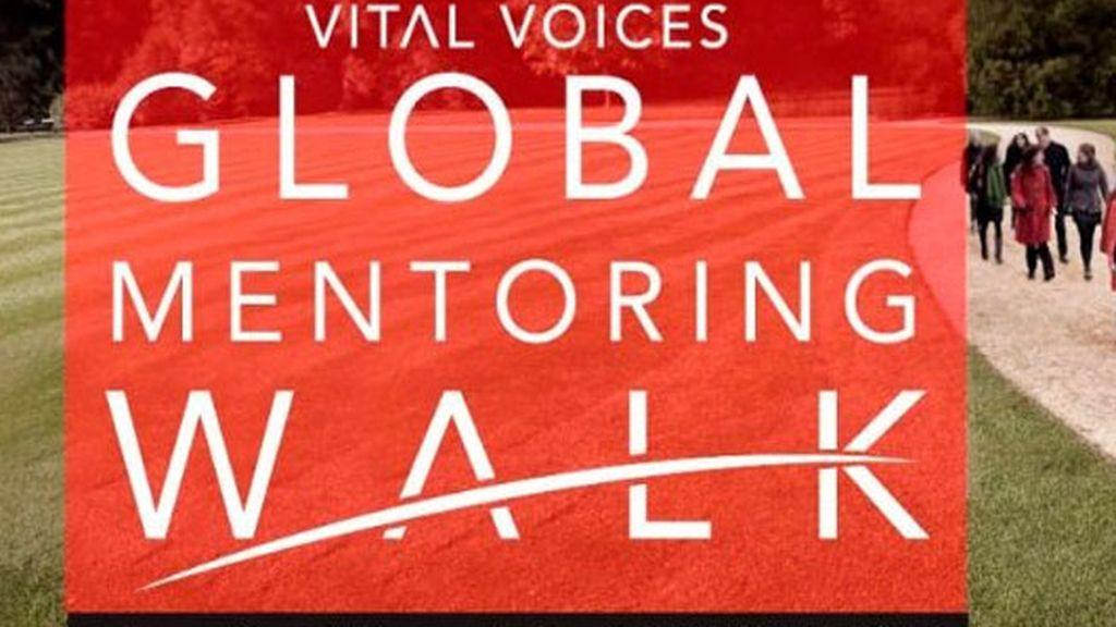 Mujeres de todo el mundo realizan un 'Mentoring Walk' con motivo del Día de la Mujer