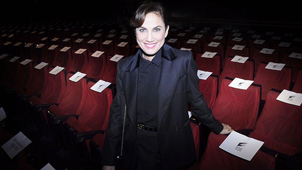 Toni Acosta marcando tendencia con este look de H&M