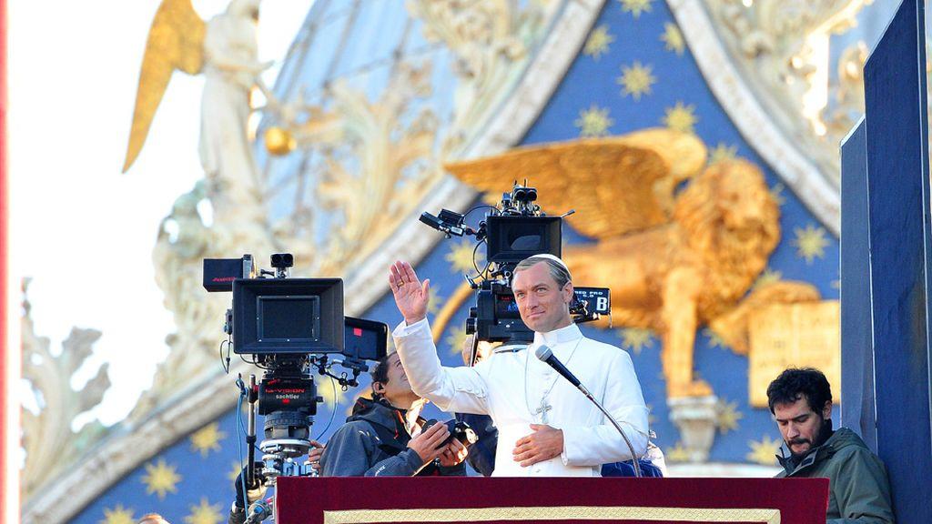 Jude Law, de guapo de Hollywood a Papa