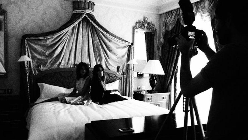 Así fue el 'making of' de la sesión en la suite real del Palace