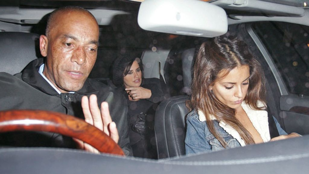 Penélope Cruz vuelve a presumir de embarazo en Londres