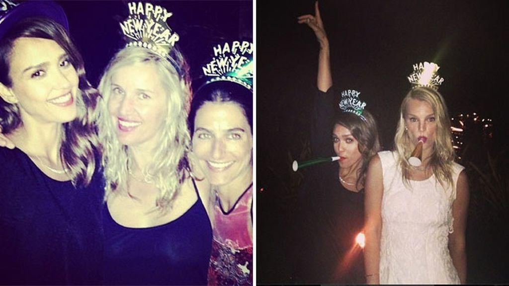 Jessica Alba celebra de fiesta entre amigas la Nochevieja