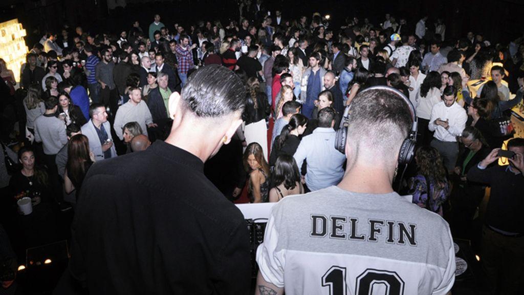 """David Delfín y Pelayo Díaz también hicieron a la gente bailar en la fiesta de """"Ruido"""""""
