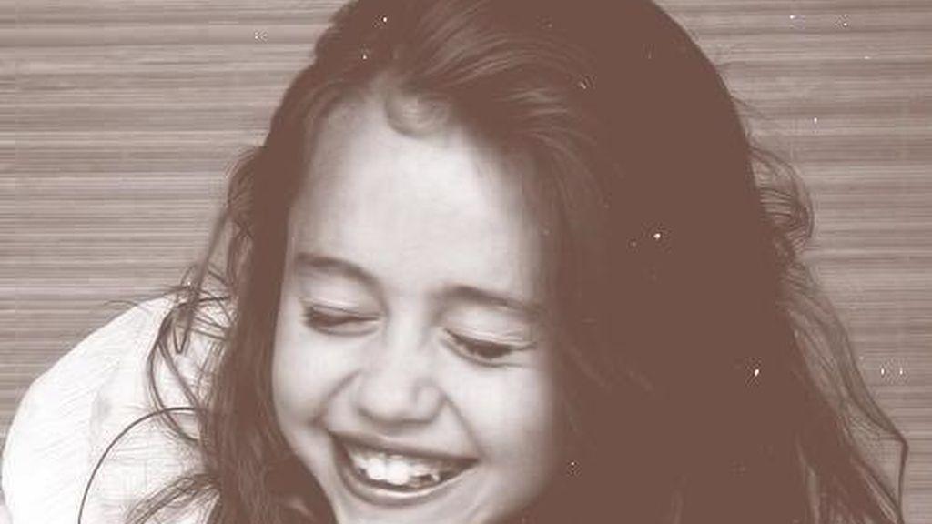 Miley Cyrus rescata los momentos más dulces de su infancia