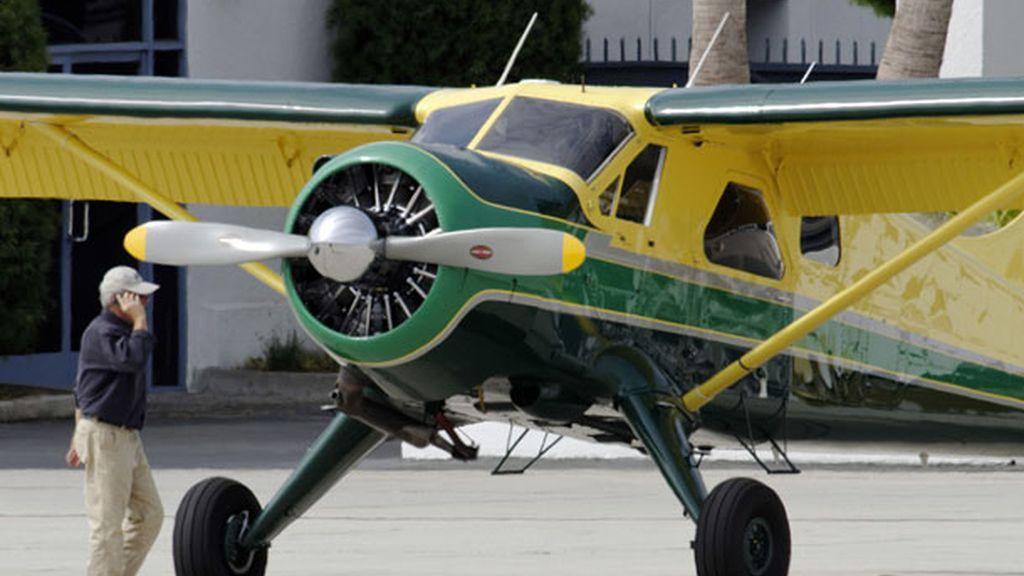 Es un gran aficionado a los aviones