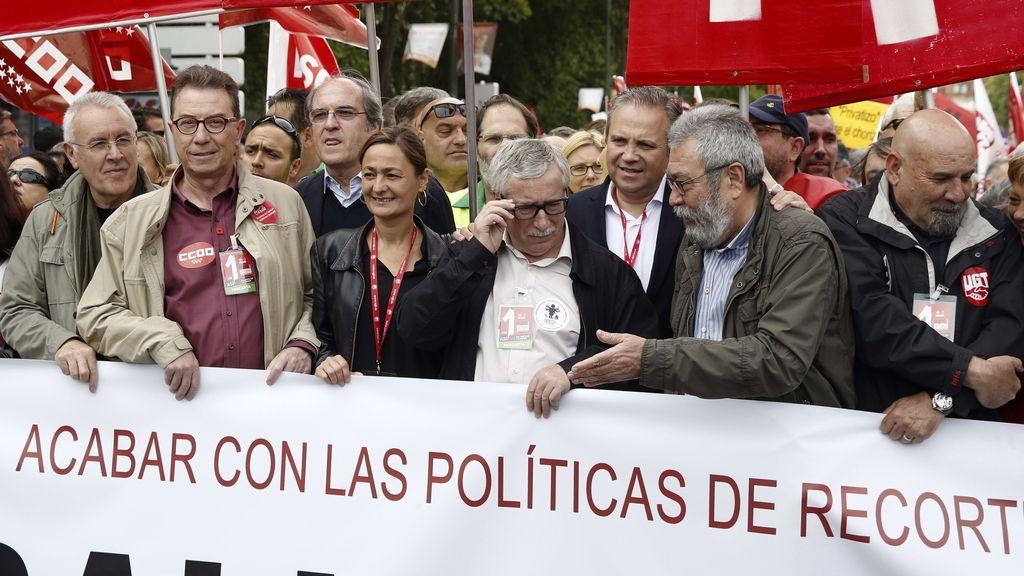 Líderes sindicales y políticos en la manifestación del 1 de Mayo de Madrid